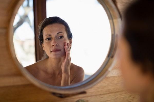 Shampooing sec à l'origine de vos problèmes capillaires.