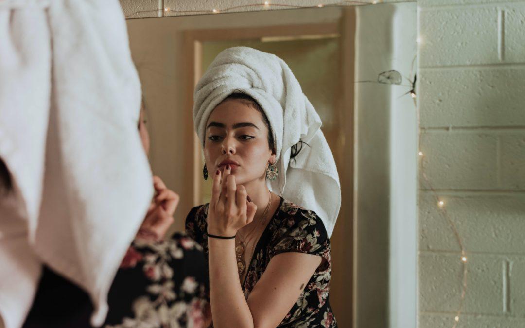 Routine de soins de la peau à 30 ans