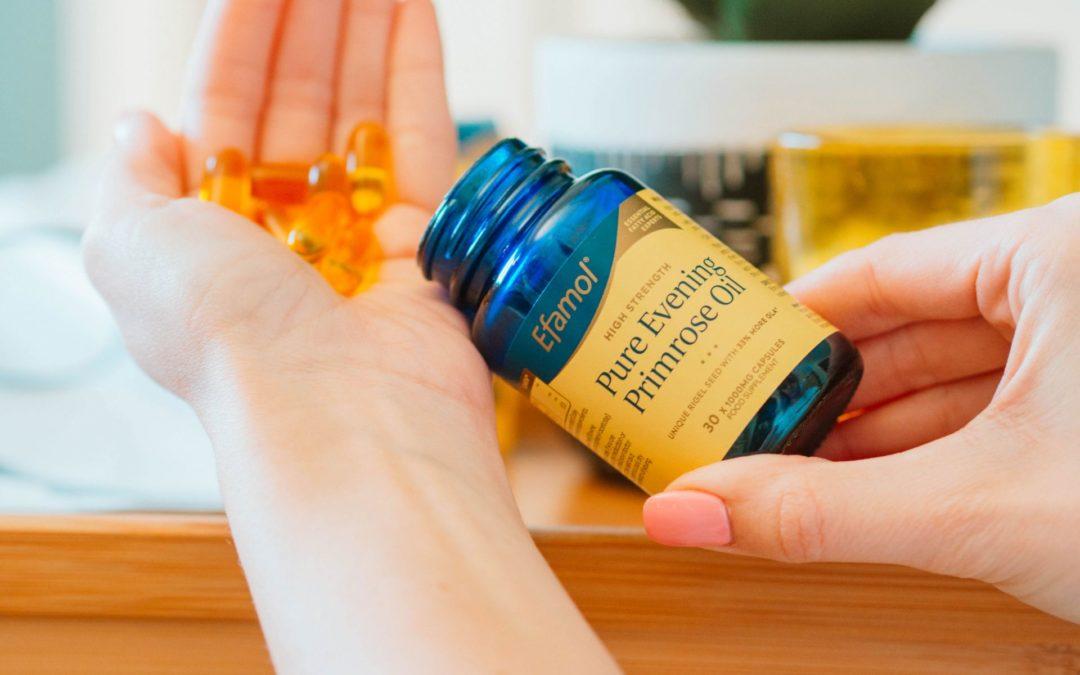 Le secret d'une belle peau ? L'huile d'onagre est le complément dont vous ne saviez pas que vous pouviez bénéficier